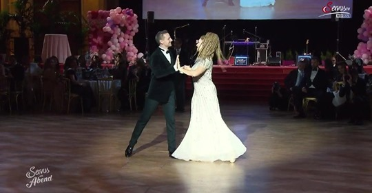 Opening Waltz at Dancer Against Cancer Vienna 2019